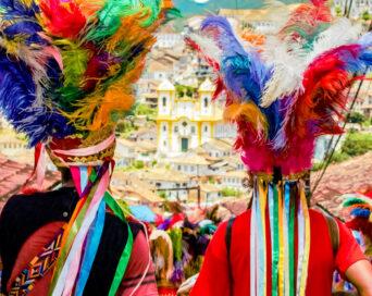 A fé que canta, dança e colore - Autor: Lazaro Cezar